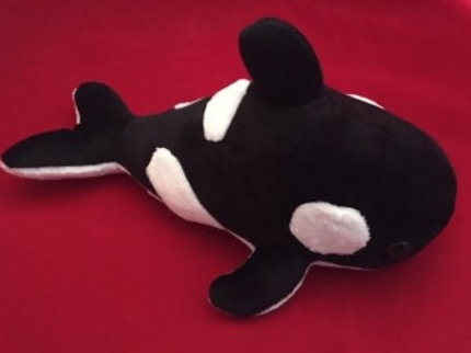 Killer Whale  (2 Sizes)