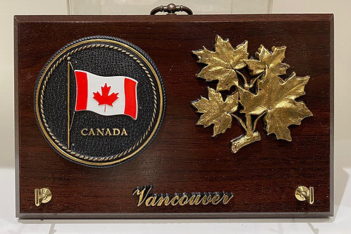 Wood Plaque Keyholder w/ Maple Leaves & Canada Shield
