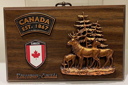 Wood Plaque w/ Deer Family & Canada Shield