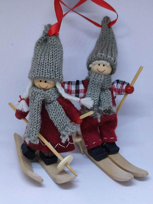 2 Skiers Ornament