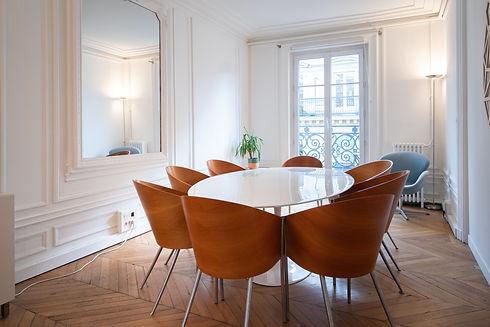 Salle de réunion de Maître Matthieu Hy avocat en saisie pénale immobilière