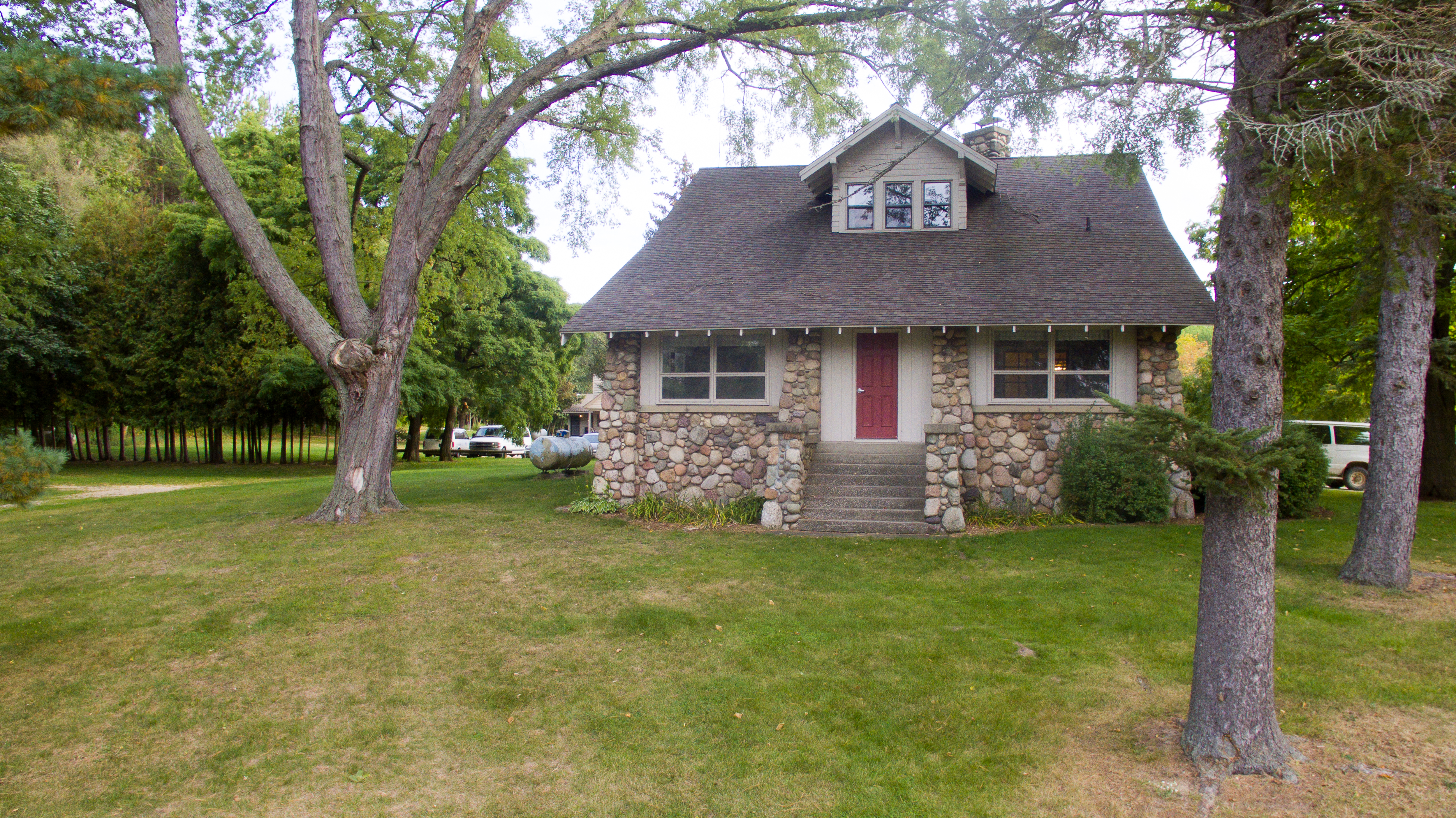 Cottage Rentals | CranHill | Michigan