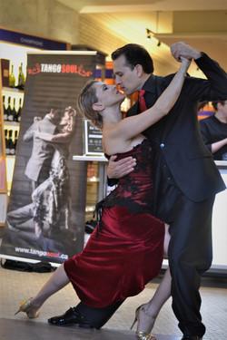 tango dance 3 (1)
