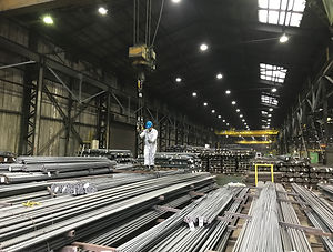 共英製鋼㈱出荷倉庫