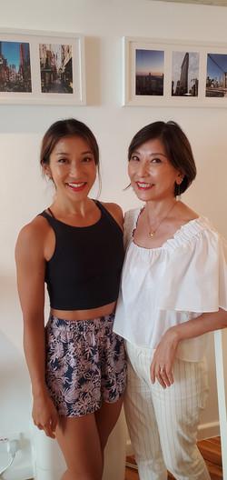 Mum and daughter makeup lesson