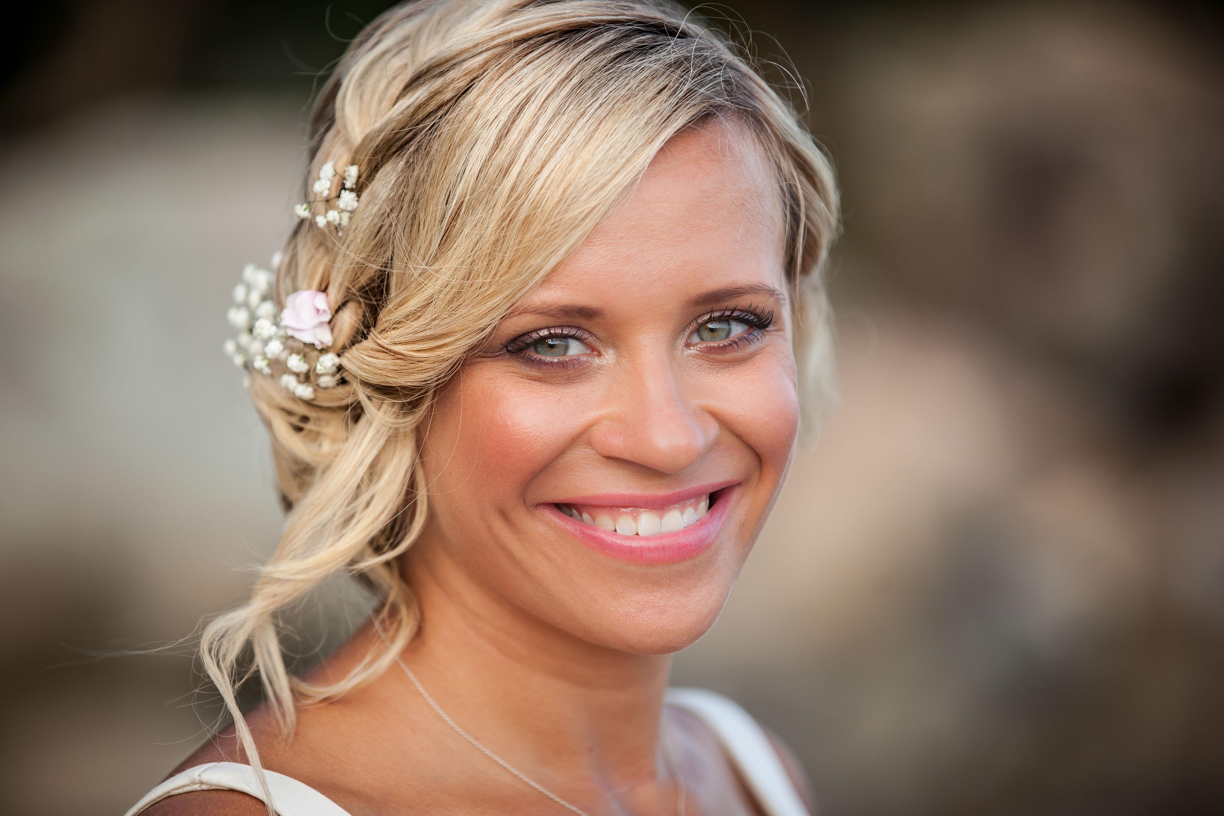 stunning bride