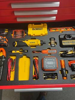 Construction tool insert