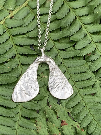 Large Sycamore necklace in silver