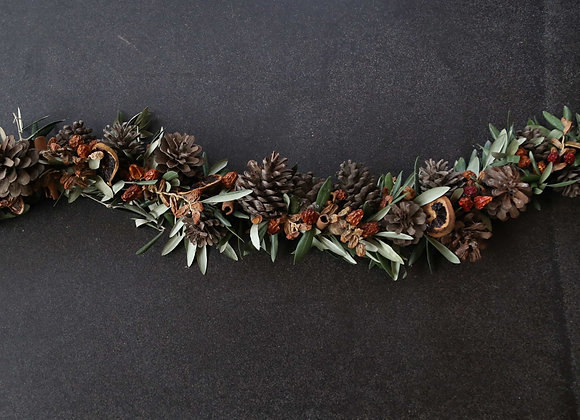 Natural Pinecone Table-runner