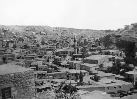 Amman, Town and Mosque looking toward Gebel Joffe, 1938