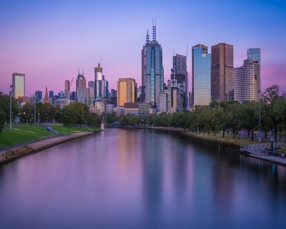 Melbourne-CBD-Yarra-River-Colourful-Sunr