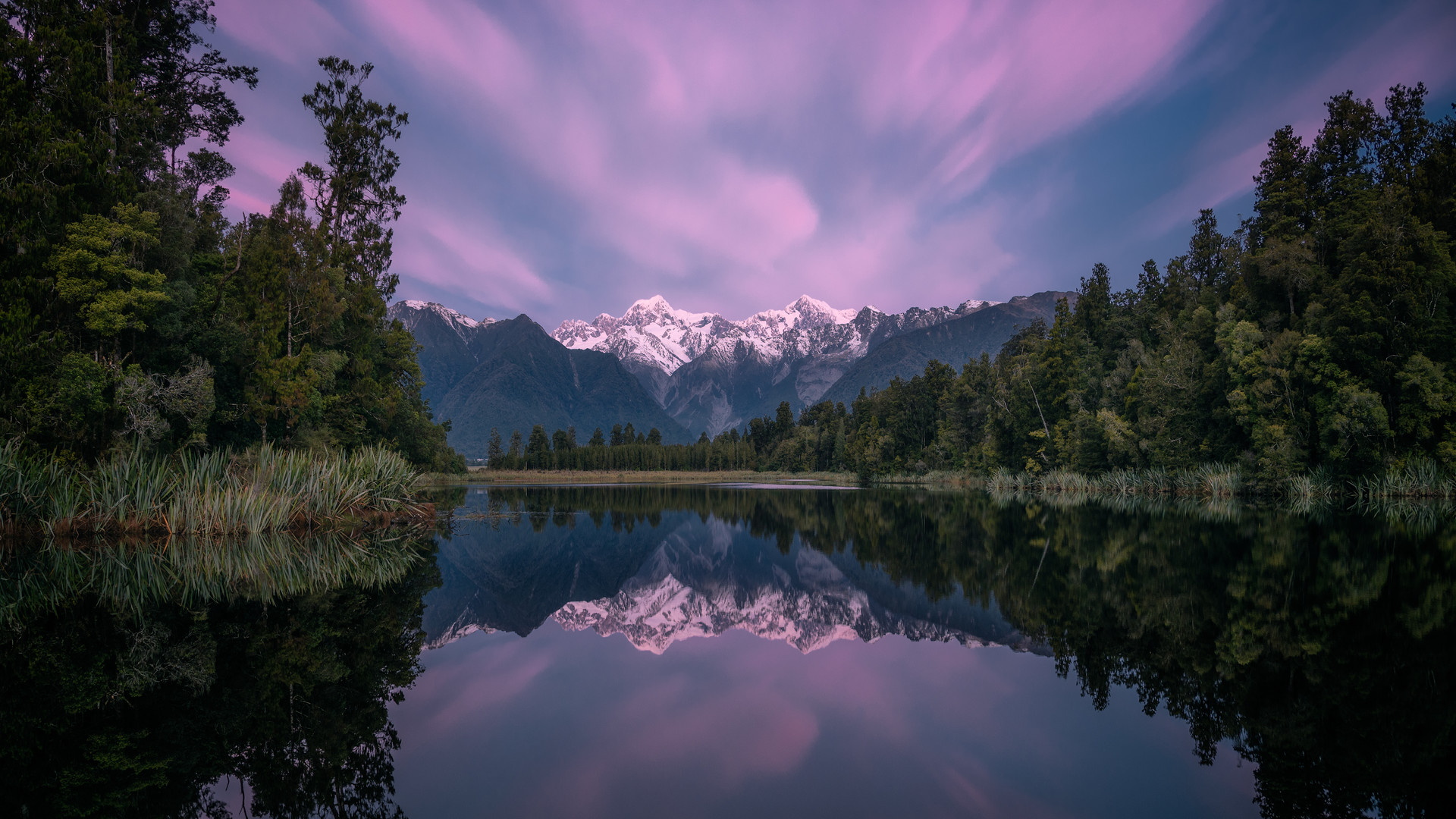 Lake-Matheson-Reflection-Sunset.jpg