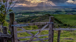 """Wow! """"A View through the Gate"""" is the second most popular image of the whole of 2017 on th"""