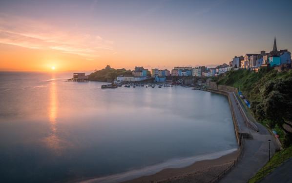 Tenby-Harbour-Sunrise.jpg