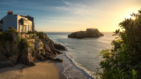 Tenby-Beach-Sunrise-Pembrokeshire.jpg