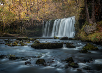 Brecon-Beacons-Waterfall-Country-Pontned