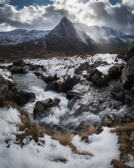 Tryfan-Snow-and-sunshine-Snowdonia.jpg