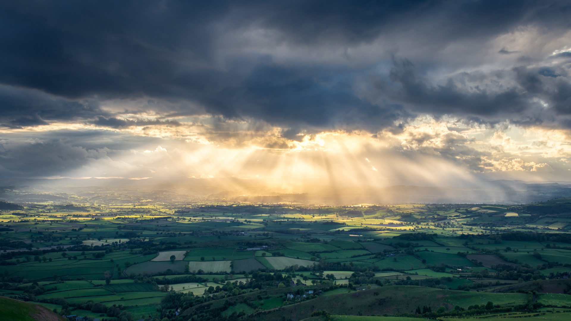 Rural-Scene-Wales-Stormy-Clouds.jpg