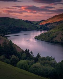 Llyn-Clywedog-beautiful-sunset.jpg