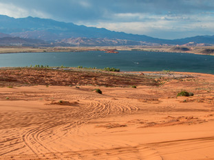 Sand Hollow Reservoir - Desert Oasis