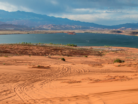 Sand Hollow Reservoir - Desert Oasis