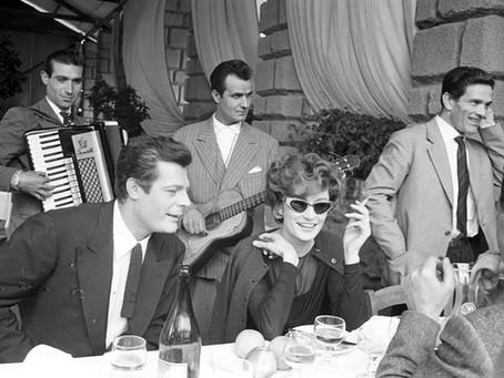 """Pasolini recensisce """"La dolce vita"""" di Federico Fellini"""