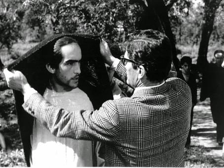 """Cristo e il marxismo. Pier Paolo Pasolini presenta in Francia 'Il Vangelo secondo Matteo"""" (1964)"""
