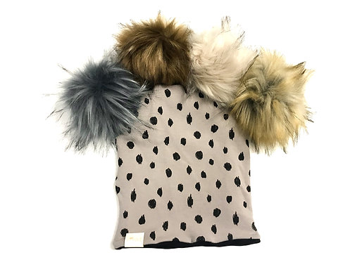 Reversible Slouchy Hats with Pom 1/2