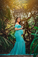 Beatriz Lamar Maternity Photoshoot