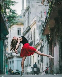 Cuban Dancers 4