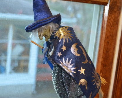 First Five Fragments for Friday – Which Witch is Which Edition