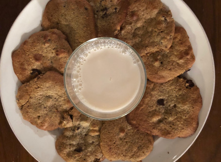 Keto Chocolate Chip Collagen Cookies