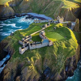 8. Dunnottar Castle.jpg
