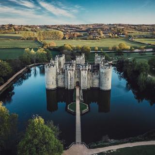 2. Bodiam Castle.jpg