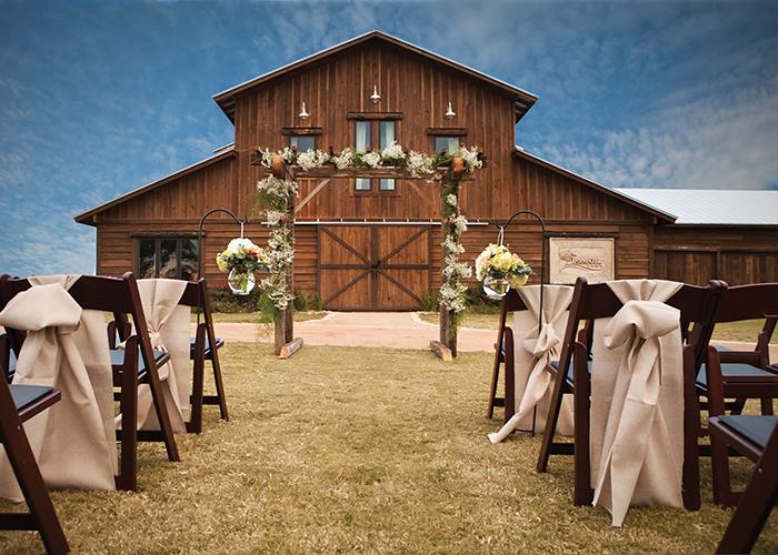 Keys To A Successful Barn Wedding