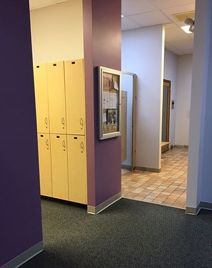 locker%20room_edited.jpg