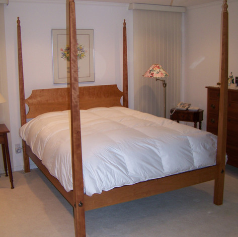 Shaker Pencil Post Bed