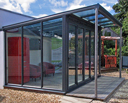 aluminium lean-to conservatory in anthracite grey colour