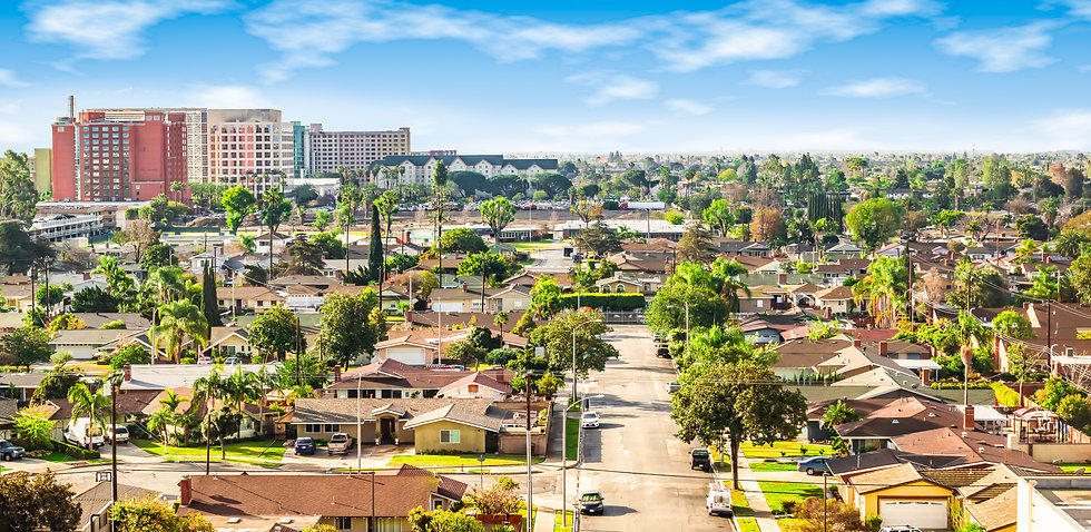 Panoramic view of a neighborhood in Anah
