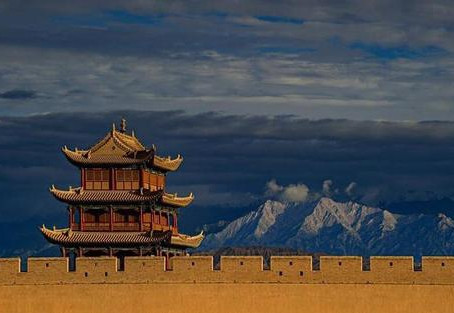 Puisi Li Bai: 關山月 (Rembulan Di Atas Gerbang Gunung)