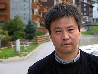 Tentang Yu Hua: Sang Novelis Berpengaruh di Tiongkok