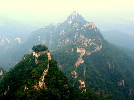 Menjajal Terjalnya Tembok Besar Jiankou Tiongkok