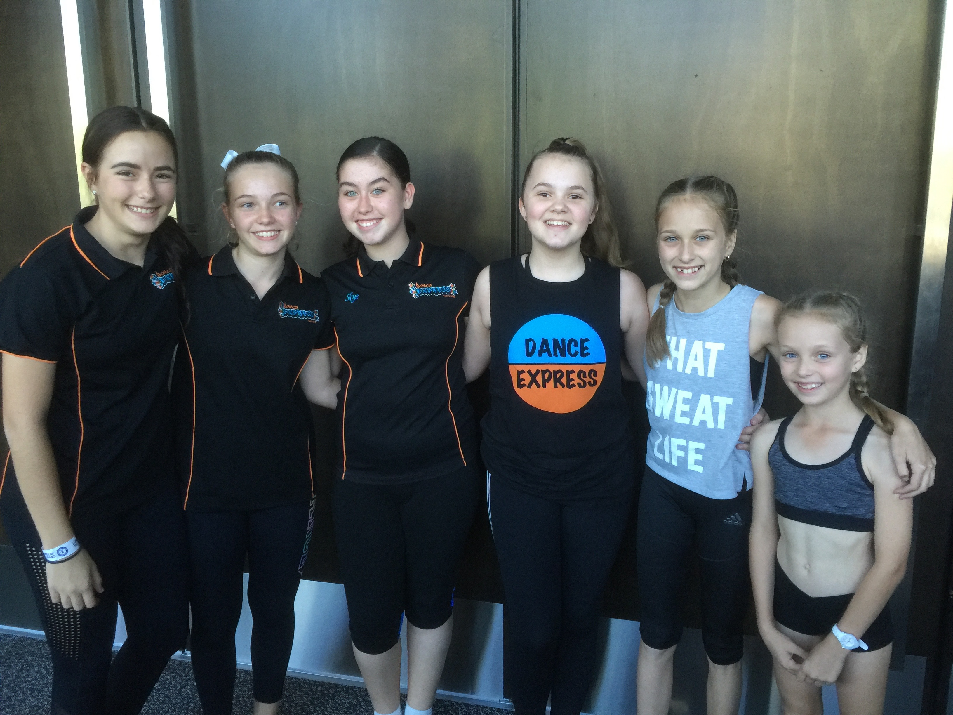 DE at the 'Worlds Biggest Tap Class'