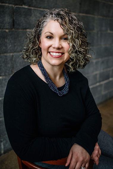 Dr. Melissa MacDonald headshot.
