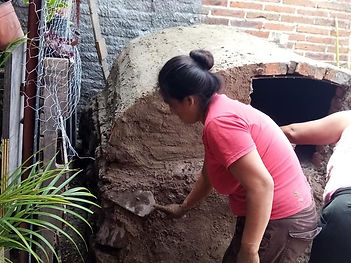 Making the oven in San Pedro.jpg