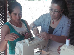 Sewing classes with Sofia