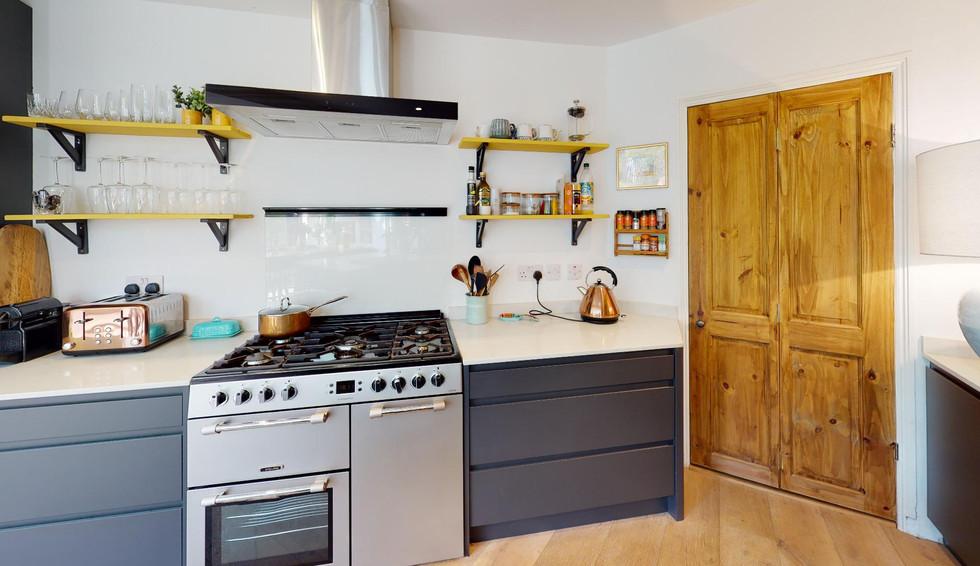 Pear-Tree-Cottage-Kitchen(1).jpg