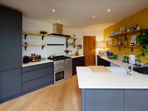 Pear-Tree-Cottage-Kitchen.jpg