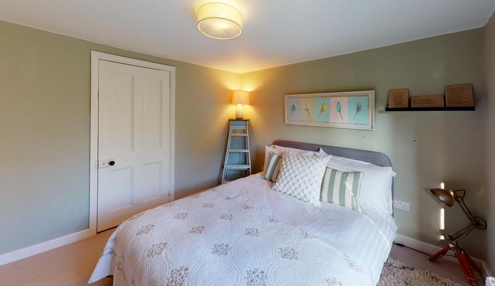 Pear-Tree-Cottage-Bedroom(2).jpg