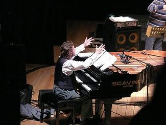 keith piano 2.jpg